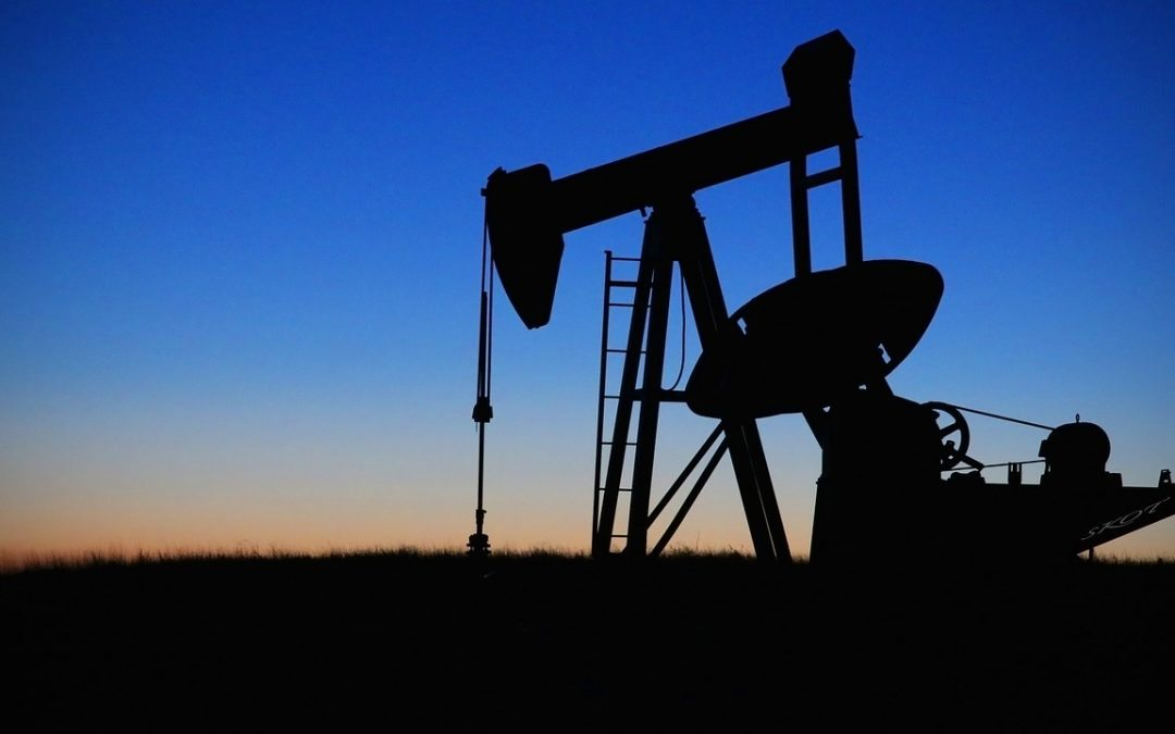 Taking Maps and GIS Offline in the Oil and Gas Sectors
